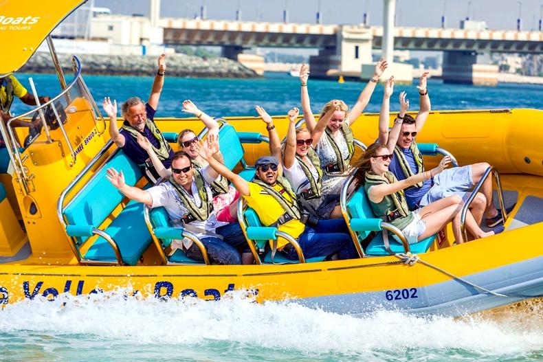 yellowboat1.jpg