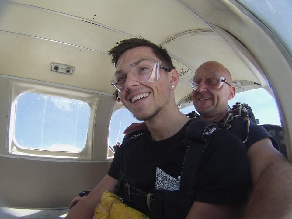 skydiving9.jpg