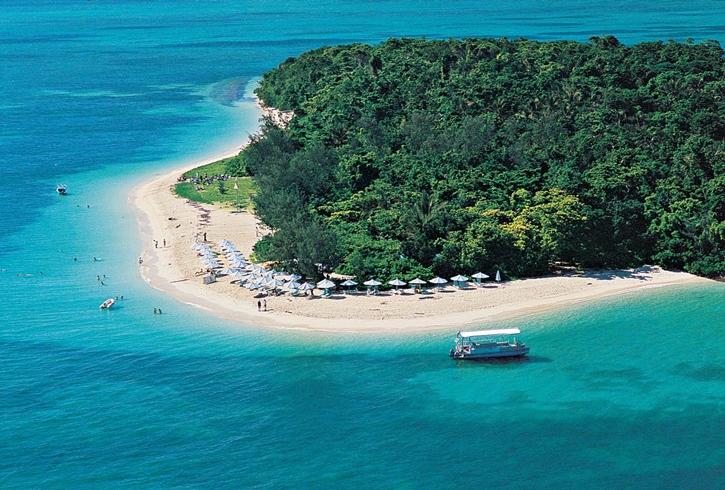 green-island-beach-2.jpg