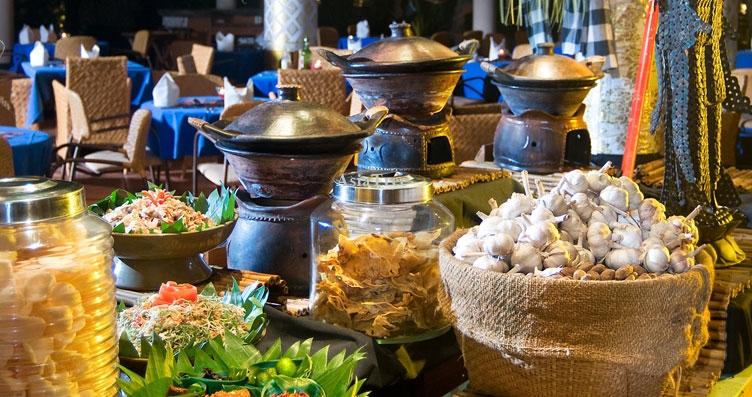 balinese-buffet-theme-dinner.jpg