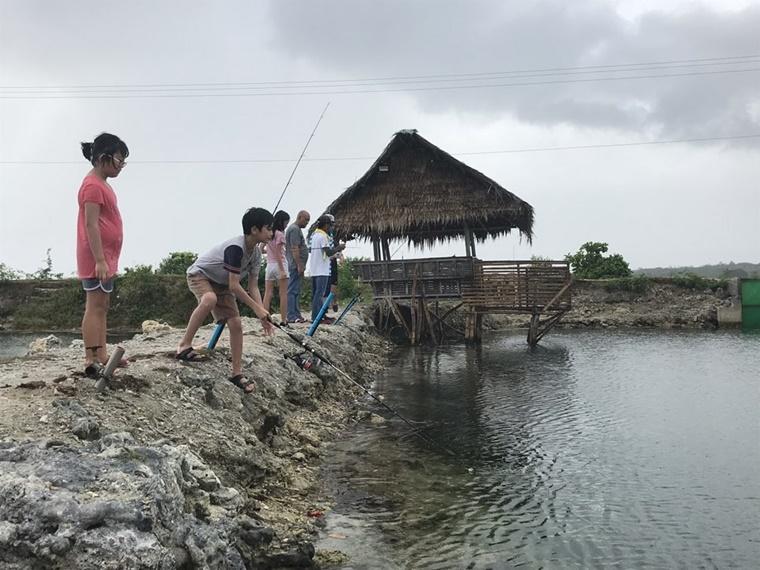 fishing005.jpg