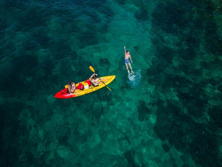 kayaking006.jpg