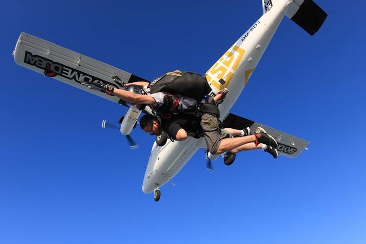 skydiving010.jpg