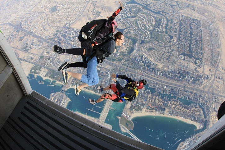 skydiving016.jpg