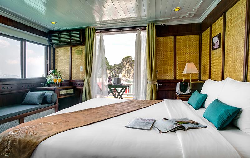 bhaya-cruise-halong-royal-suite.jpg