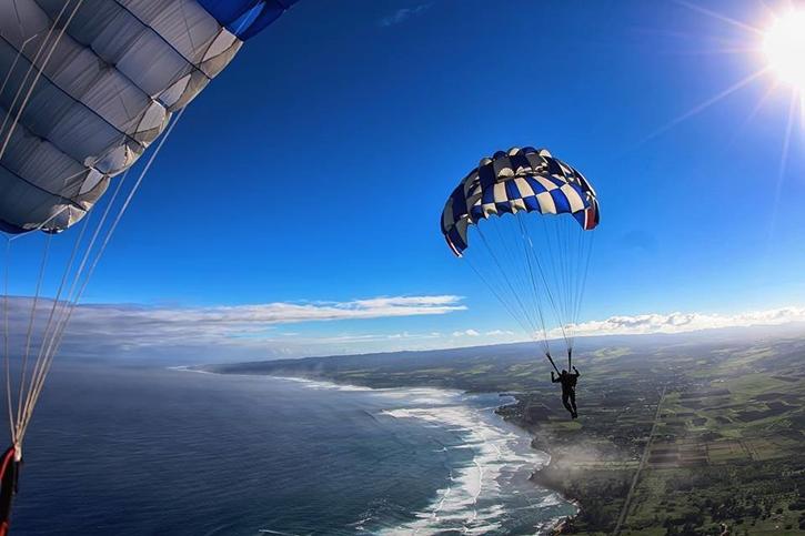 haskydiving1.jpg
