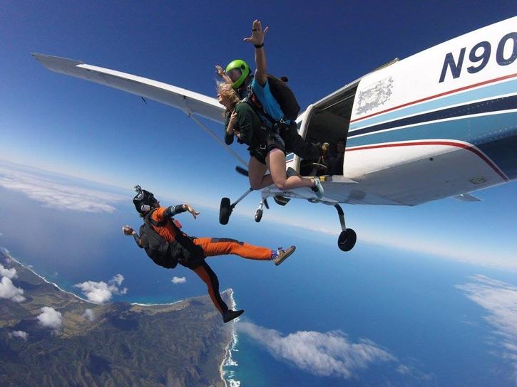 haskydiving11.jpg