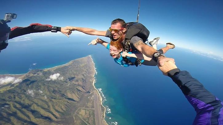 haskydiving2.jpg