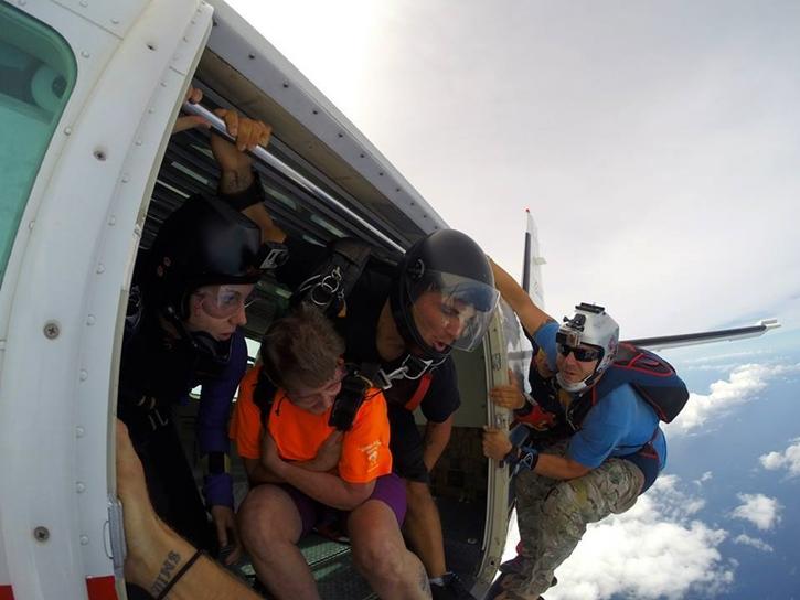 haskydiving3.jpg