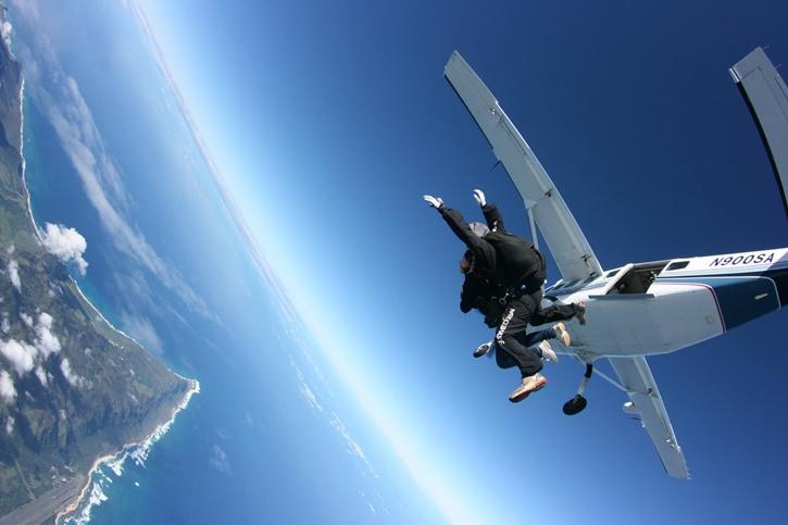 haskydiving5.jpg