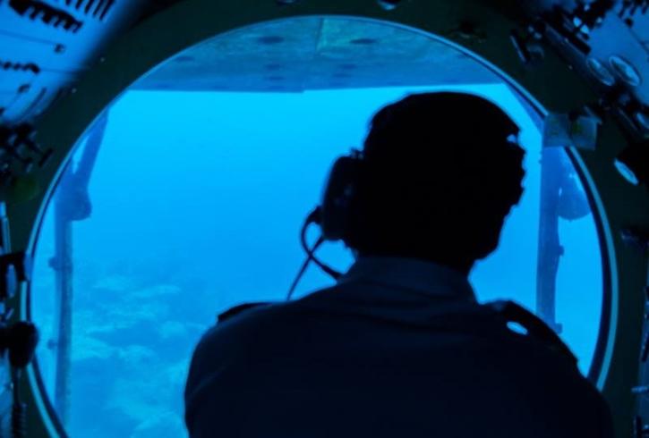 submarine2.jpg
