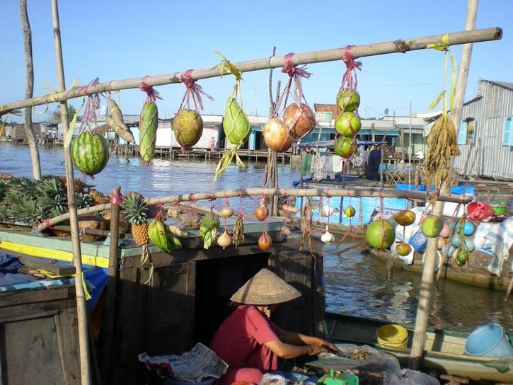floatingmarket13.jpg