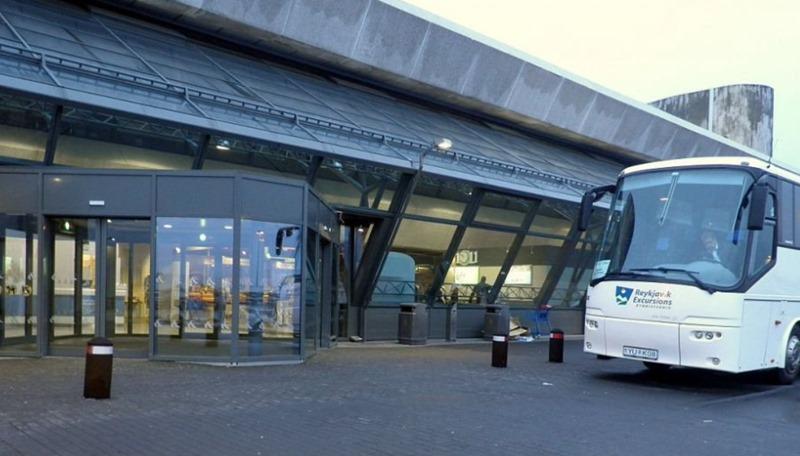 airportshuttle001.jpg
