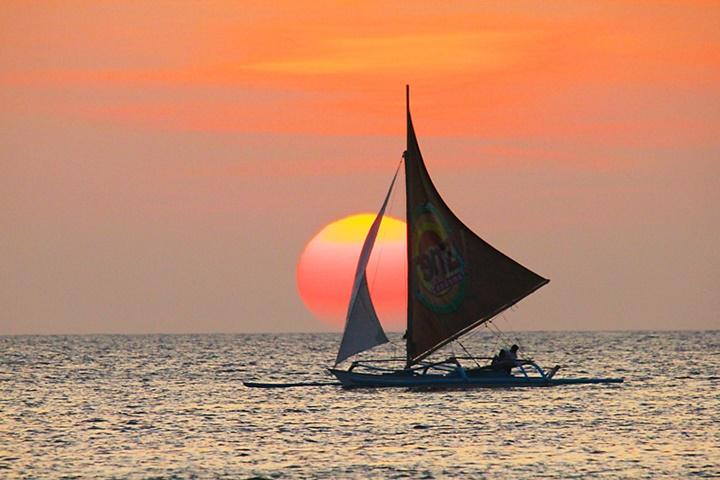 sunsetsailingboattour4.jpg