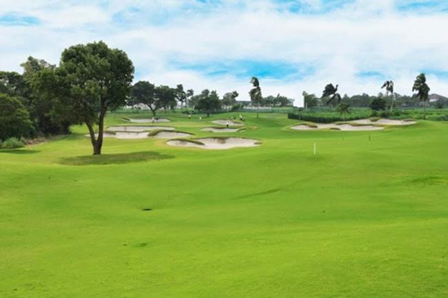 golfinmanila3.jpg