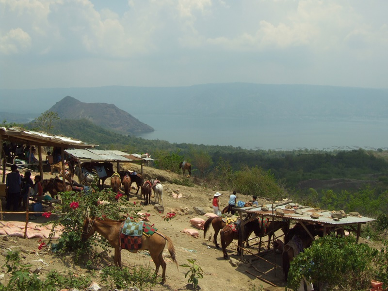 tagaytayvalcanotour4.jpg