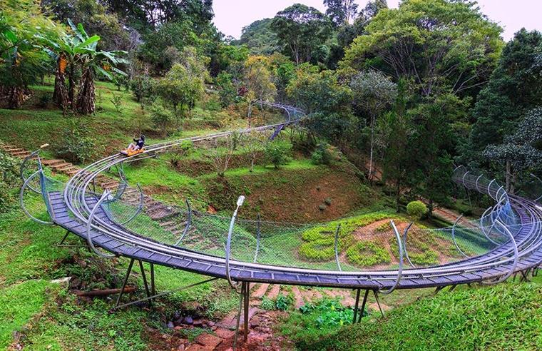 dalat_waterfall003.jpg