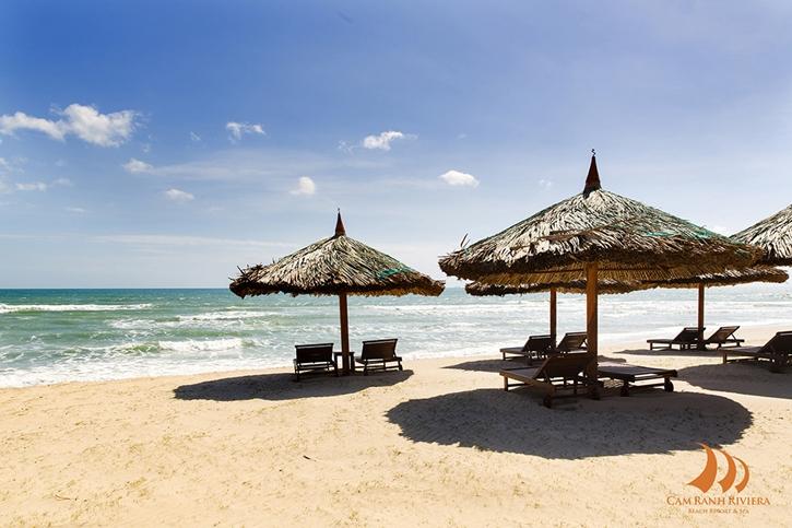 3.beach.jpg