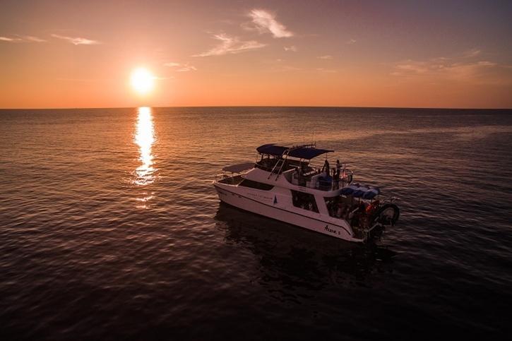 catamaran3.jpg