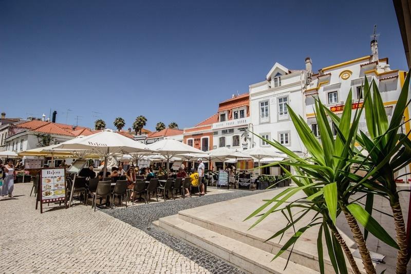 portugal-cascais-restaurant.jpg