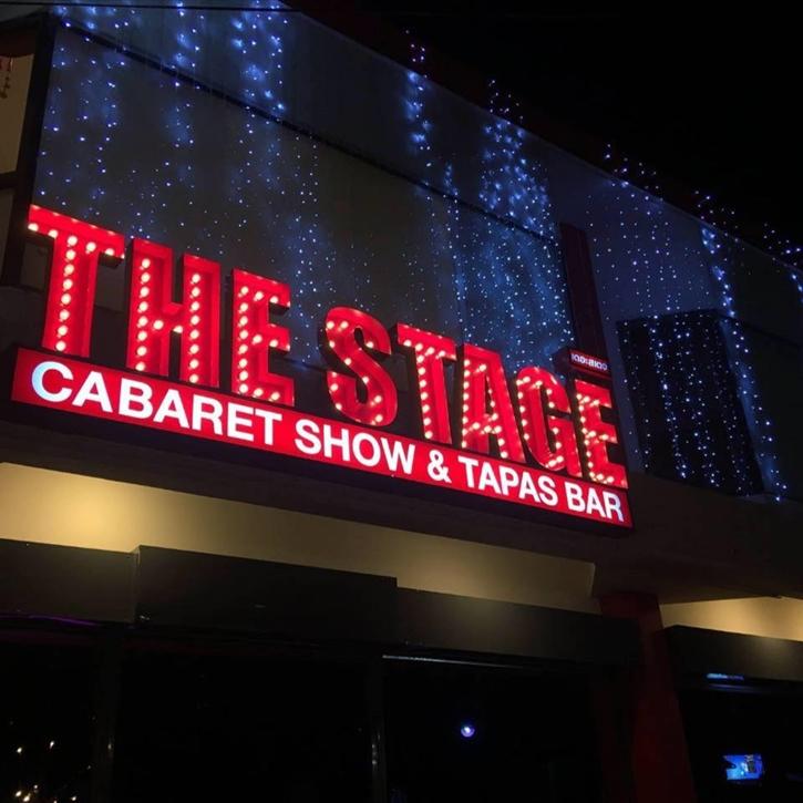 thestage13.jpg